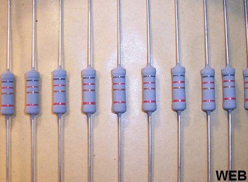 Resistenza 1,5 Kohm 2W 10% - confezione 10 pezzi NOS100971